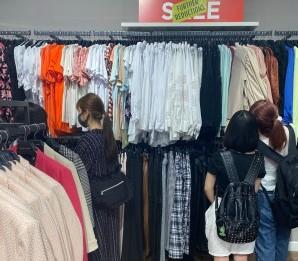 マルタ留学 ショッピングモールでお買い物。 | 代々木グローバル高等学院[公式]