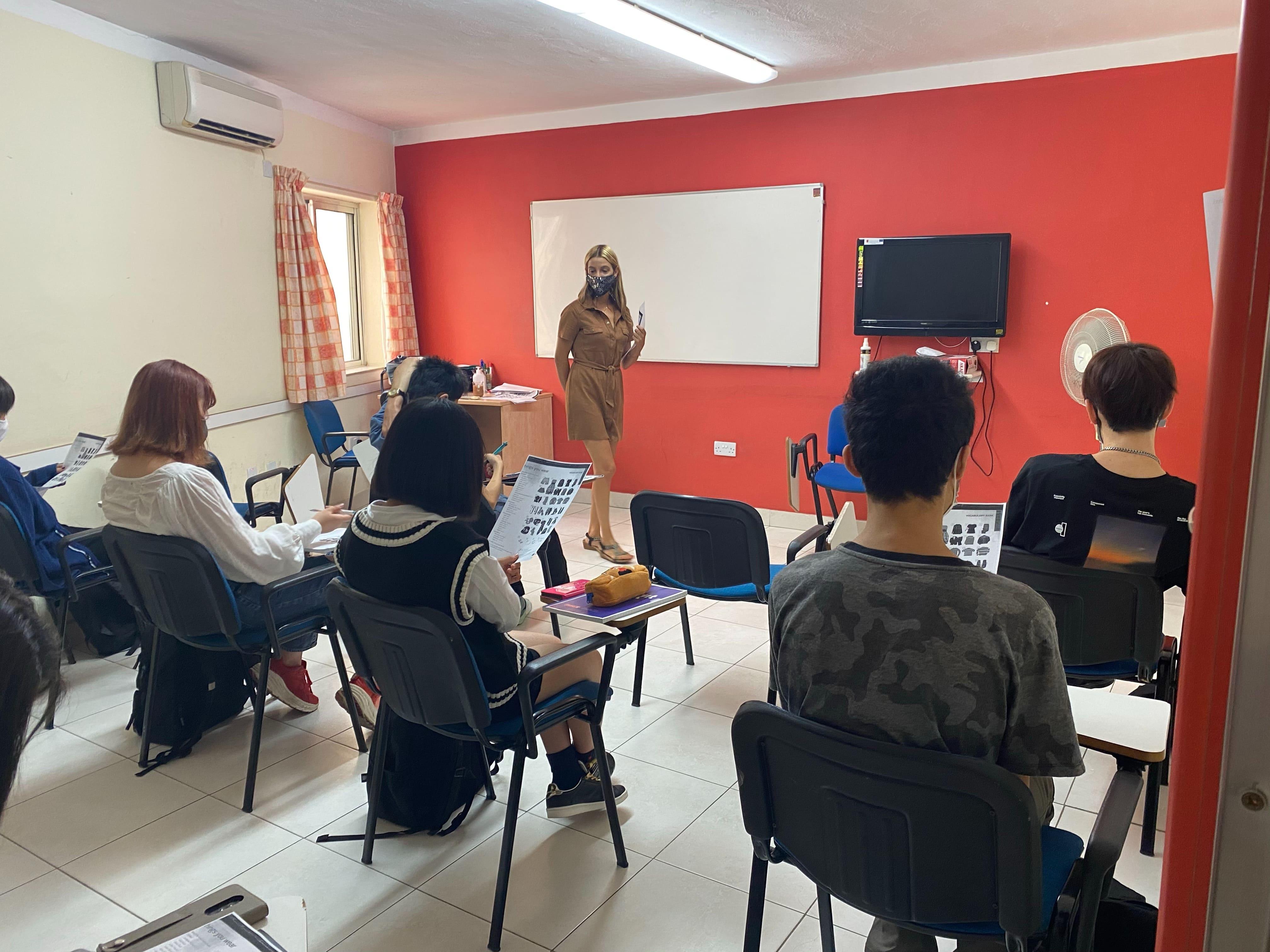 マルタ留学 9月28日~ いよいよ、授業開始! | 代々木グローバル高等学院[公式]
