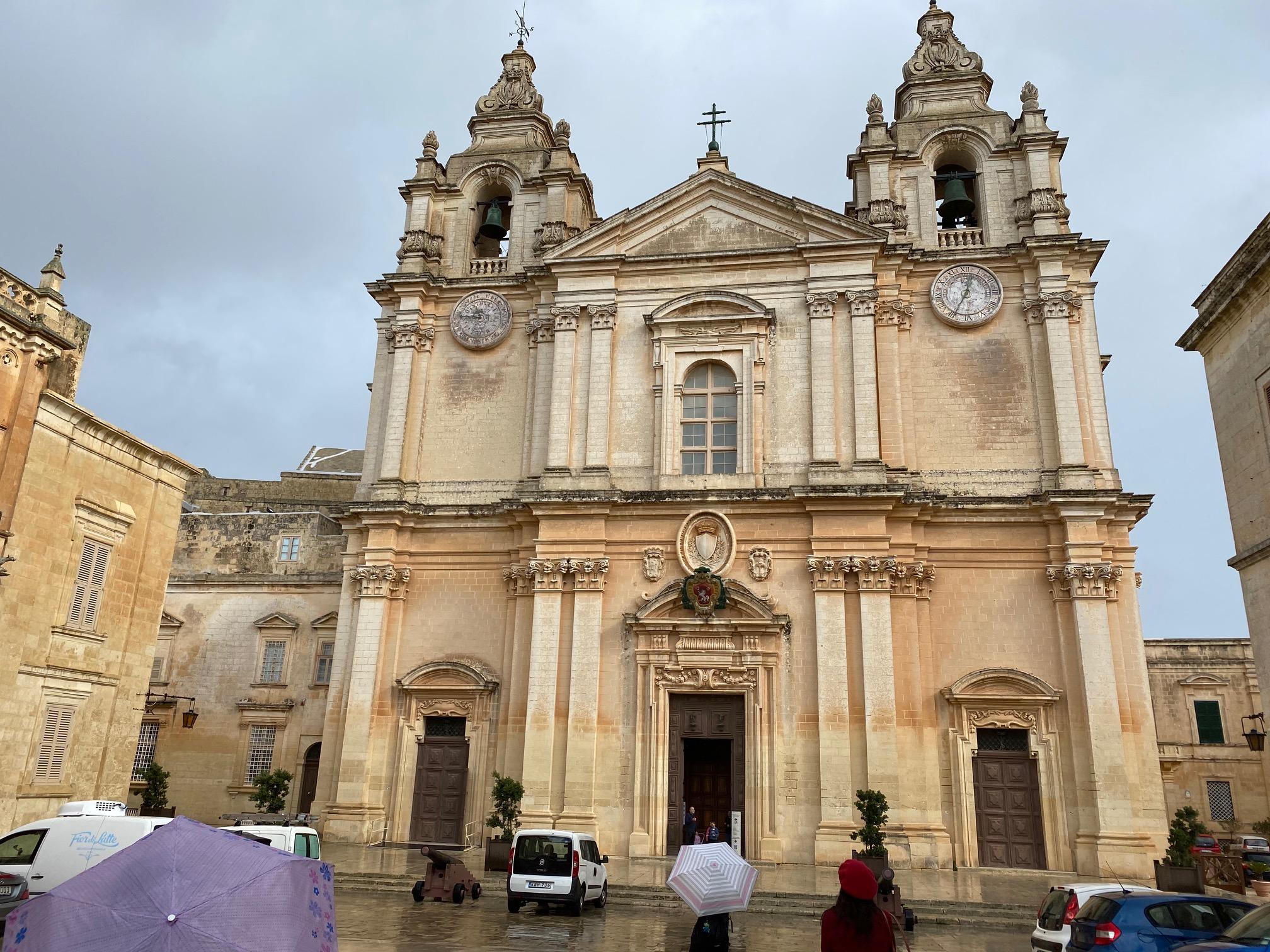 古都イムディーナ 聖パウロ大聖堂を訪ねる | 代々木グローバル高等学院[公式]