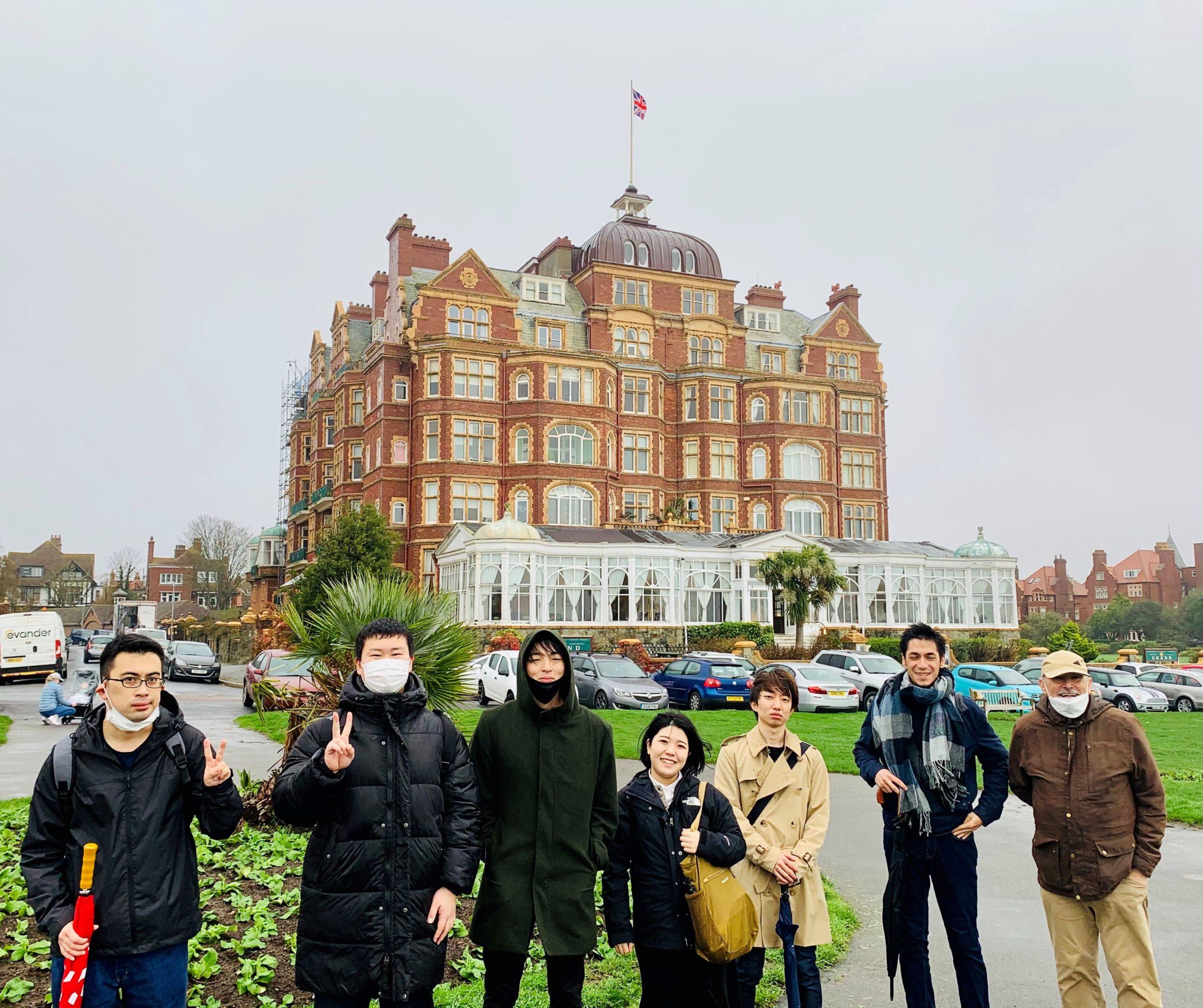 イギリス留学 放課後アクティビティのウォーキングツアー | 代々木グローバル高等学院[公式]